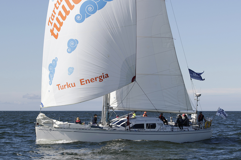 theia Yacht
