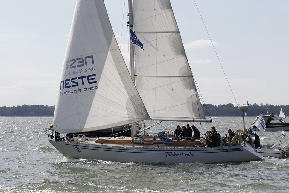 Tokka lotta Yacht