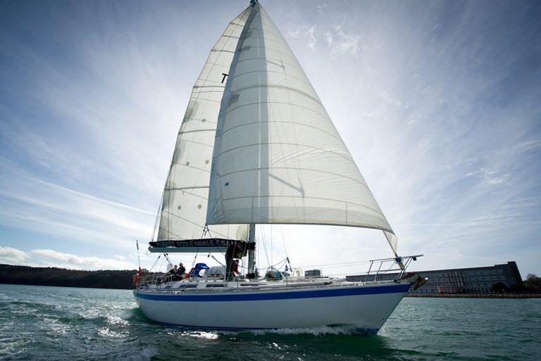 Hosanna Yacht sailing
