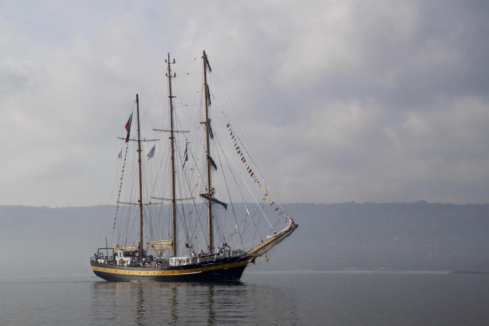 Royal Helena approaching Varna