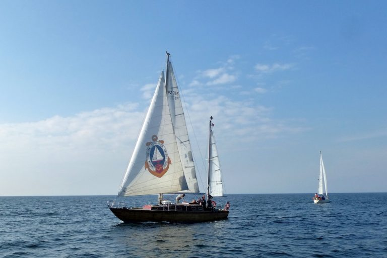 polish yacht farurej at sea