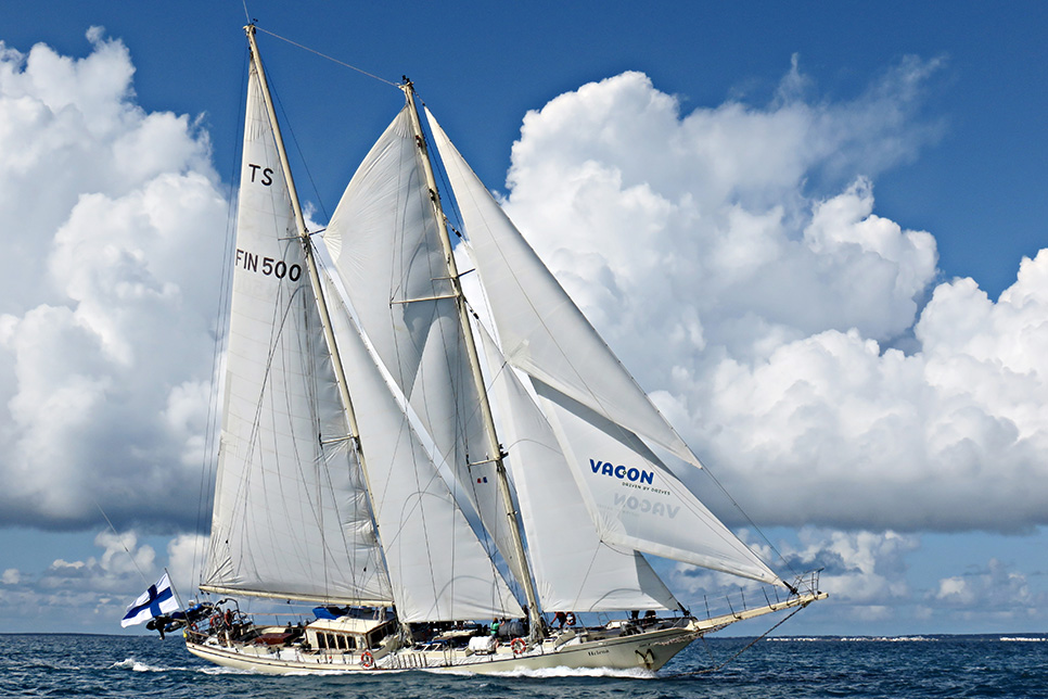 helena sail on board