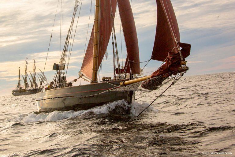 jolie brise sailing