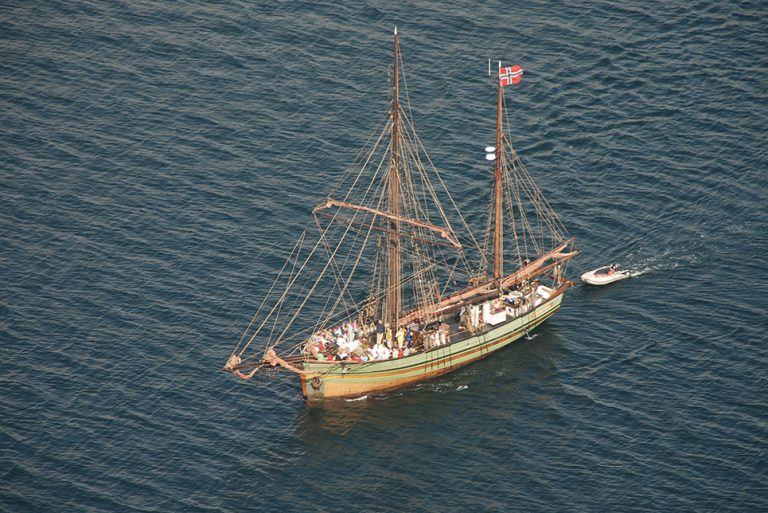 sailing vessel tall ship Dyrafjeld