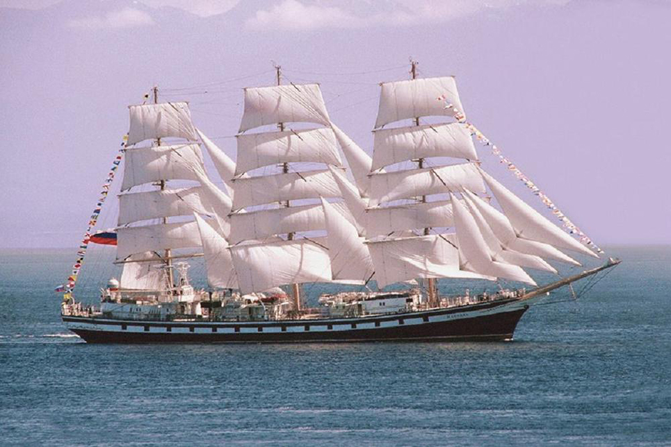 tall ship pallada