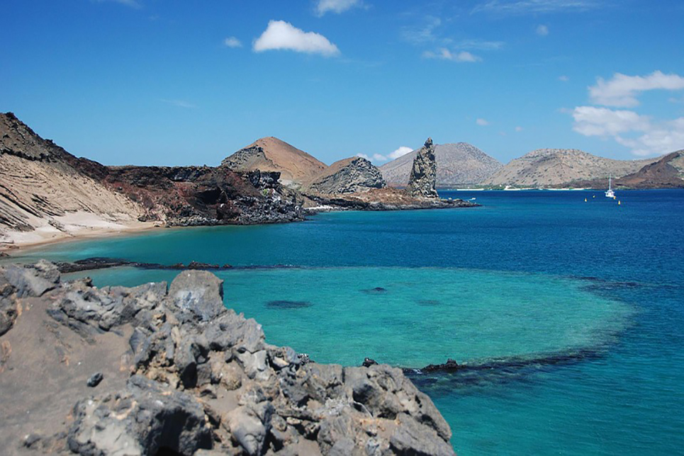 Galapagos islands best places to sail