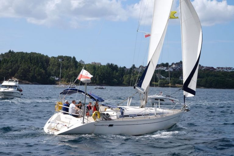 sail training yacht belfer from poland